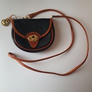 Dooney & Bourke/ Cross-body  belt purse
